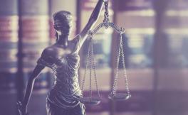 Adalet mi kişisel çıkar mı? Hangisi daha önemli?